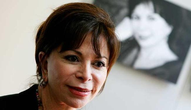 Escritora arrisca-se pela primeira vez no gênero policial - Foto: AFP Photo