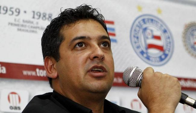 Técnico tricolor disse que não vai mudar suas convicções pelos maus resultados iniciais - Foto: Eduardo Martins | Ag. A Tarde