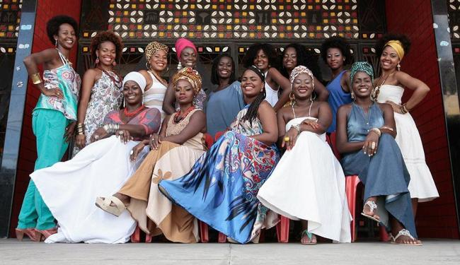 Quatorze das 16 candidatas que participam do concurso do Ilê - Foto: MIla Cordeiro | Ag. A TARDE