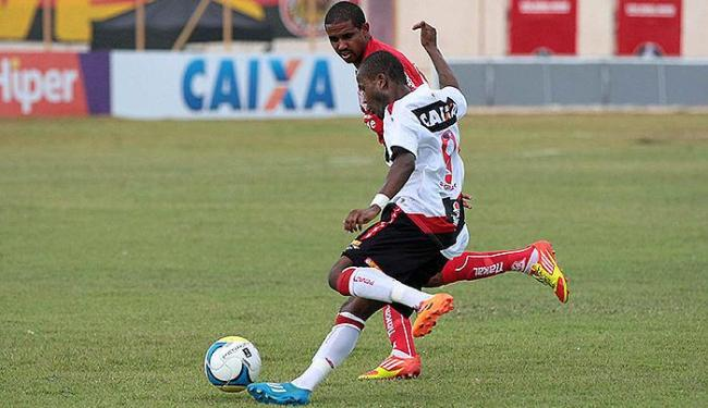 Atacante Willie perdeu dois gols de cara e acabou substituído no segundo tempo - Foto: Jorge Henrique l Futura Press l Estadão Conteúdo