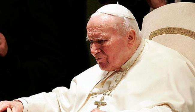 João Paulo II deve ser santificado pela Igreja Católica em maio - Foto: Tony Gentile | Agência Reuters
