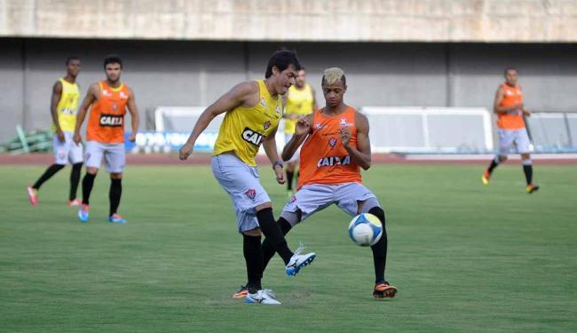 Sem contar com o Barradão, Leão treina em Pituaçu para se familiarizar com o gramado - Foto: Esporte Clube Vitória | Divulgação