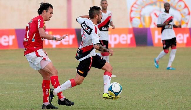 Partida em Estância terminou empatada em 2 a 2; equipes brigam pela segunda posição na chave - Foto: Jorge Henrique   Futura Press   Estadão Conteúdo