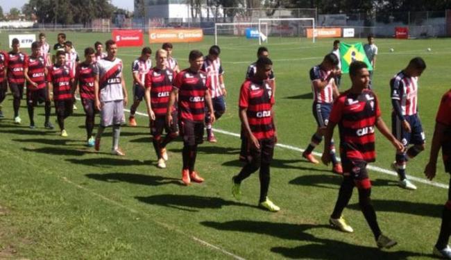 Promessas do Vitória arrancaram empate na estreia, jogando a 1,6 mil metros de altitude - Foto: Esporte Clube Vitória | Divulgação