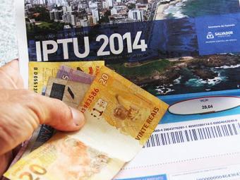 Contribuintes podem imprimir segunda via ou aguardar recebimento do novo boleto - Foto: Joá Souza / Ag. A TARDE