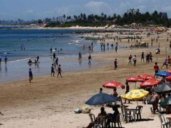 Praias como do Rio Vermelho, Pituba, Armação e Boca do Rio estão impróprias para banho - Foto: Fernando Amorim| Ag. A TARDE