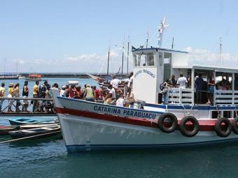 Embarcações registram saídas de meia em meia hora ou a cada 15 minutos - Foto: Fernando Vivas | Ag. A TARDE