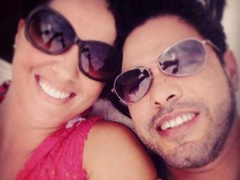 Zezé Di Camargo com a ex-amante Graciele Lacerda, em clima de romance - Foto: Reprodução | Instagram