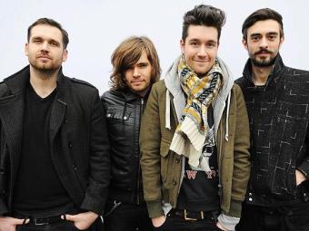 Grupo novato 'Bastille and Disclosure' concorre com grandes nomes como 'Arctic Monkeys' - Foto: Divulgação