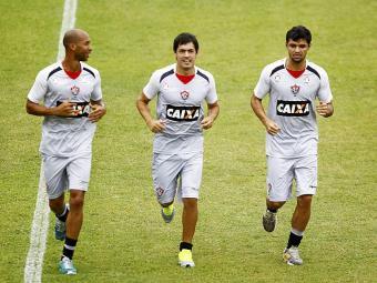 Dinei, Cáceres e Rômulo durante treino - Foto: Eduardo Martins | Ag. A TARDE