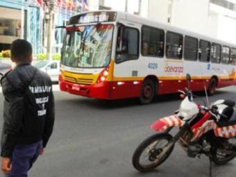 O folião terá à disposição diariamente 2.700 coletivos e 7.000 táxis durante o Carnaval - Foto: Divulgação/Transalvador