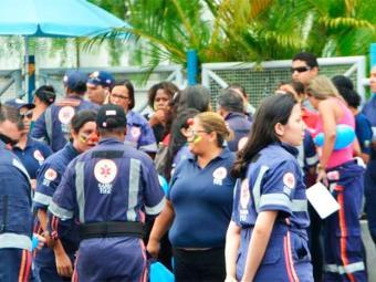 Manifestação dos médicos do Samu de Feira de Santana - Foto: Ed Santos/Acorda Cidade