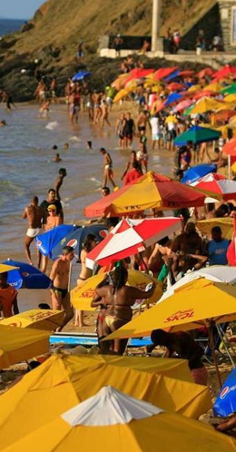 Porto da Barra, praia com previsão de receber novos equipamentos esta semana - Foto: Joá Souza | Ag. A TARDE