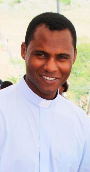 Religioso que estava indo visitar familiares em Santo Estevão quando sofreu acidente - Foto: Divulgação