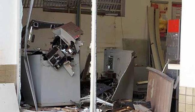 A explosão ocorreu por volta das 2h30 deste sábado - Foto: Divulgação/ Site Binho Locutor
