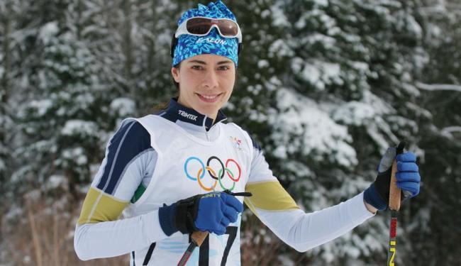 Esquiadora será a primeira brasileira a disputar três modalidades diferentes - Foto: Divulgação | CBDN