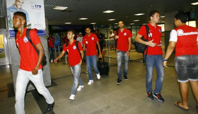 Delegação desembarca em Salvador