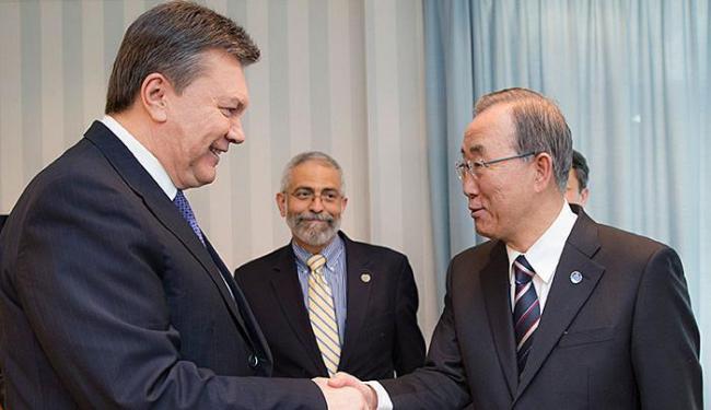 Presidente da Ucrânia e secretário-geral da ONU se reuniram antes da abertura das Olimpíadas - Foto: Agência Reuters