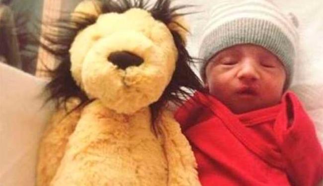 Zion nasceu com anomalia genética fatal - Foto: Reprodução   Daily Mail