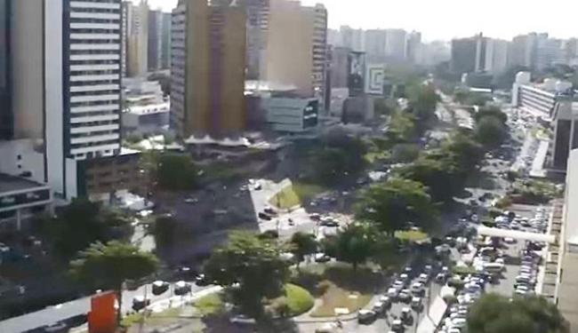 Fluxo intenso em várias avenidas, como na ACM - Foto: Reprodução