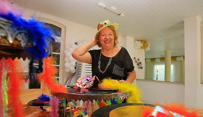 Célia Queiroz atua no mercado baiano e transformou o imóvel onde morava em Itapuã num cerimonial - Foto: Joá Souza | Ag. A TARDE