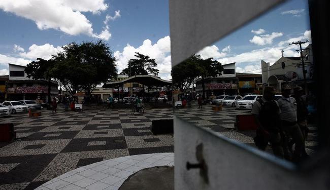 Polícia promete tornar posto policial existente na praça 24h - Foto: Luiz Tito | Ag. A TARDE