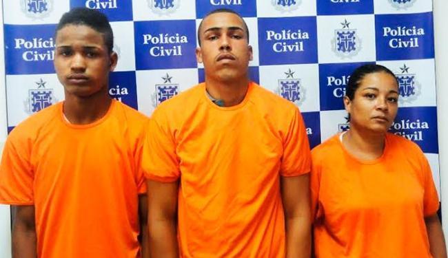 Ruan, Uesley e Carolina foram autuados por porte ilegal de arma, tráfico e associação ao tráfico - Foto: Divulgação | Polícia Civil