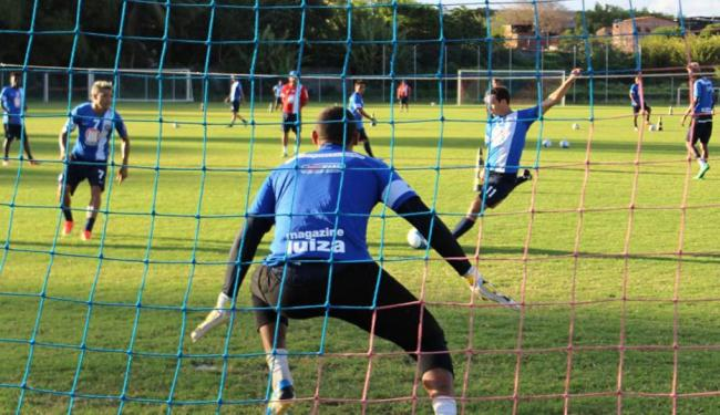 Homens de frente trabalharam finalização, enquanto defensores treinaram marcação e saída de bola - Foto: Esporte Clube Bahia   Divulgação