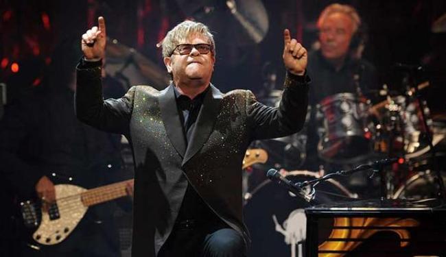 Elton John vai ser a primeira estrela internacional a se apresentar na Arena Fonte Nova - Foto: Agência EFE