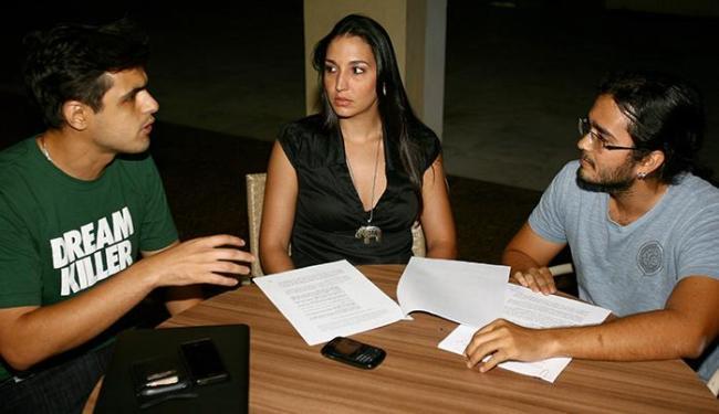 Empregos & Negócios. 300 candidatos eliminados do concurso da CESPE para delegados na Bahia, entrara - Foto: Fernando Amorim | Ag. A TARDE