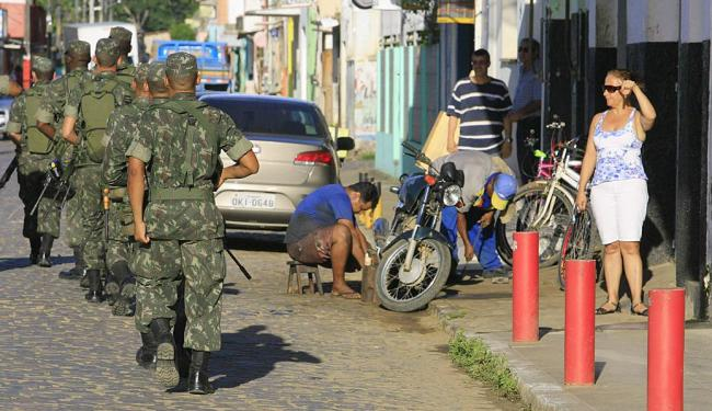 Decreto presidencial que autoriza o Exército a reforçar segurança em áreas urbanas e rurais expira d - Foto: Joá Souza | Arquivo | Ag. A TARDE