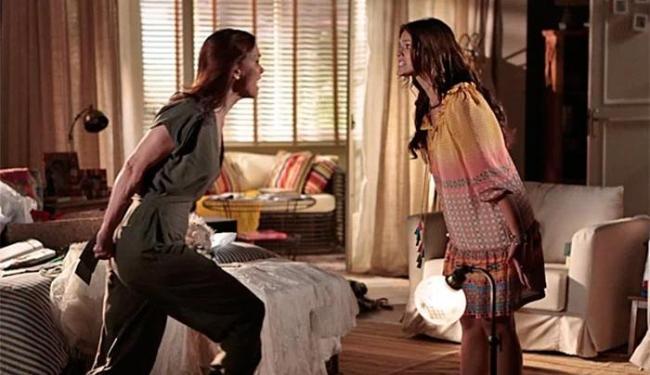 Helena perde o controle quando vê que seus segredos foram descobertos - Foto: TV Globo   Divulgação