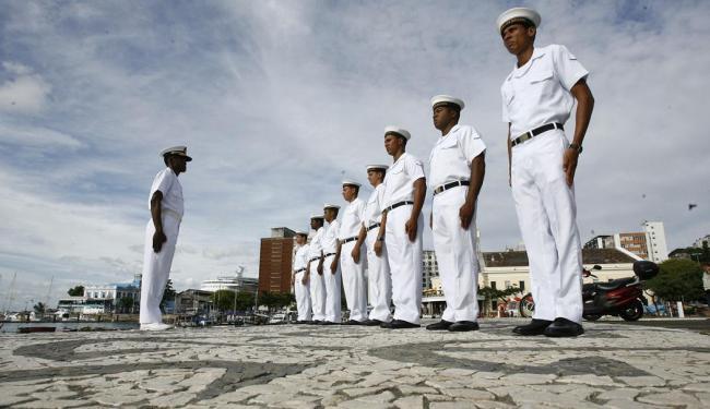 Candidatos a aprendizes-marinheiros podem se inscrever no site da Marinha - Foto: Fernando Amorim | Ag. A TARDE