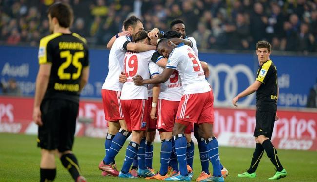 O Hamburgo barrou a sequência de vitórias do Borussia Dortmund no campeonato Alemão - Foto: Fabian Bimmer   REUTERS