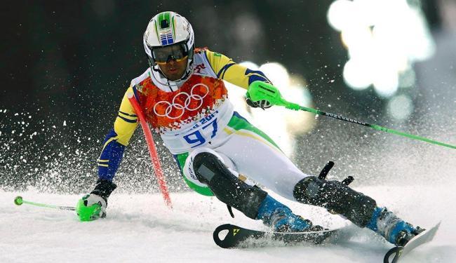 Longhi foi eliminado da disputa do slalom do esqui alpino - Foto: Ruben Sprich | REUTERS