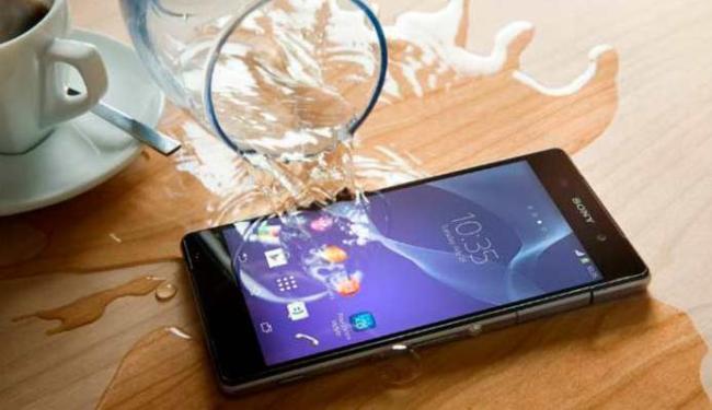 Smartphone chega ao mercado em março - Foto: Divulgação