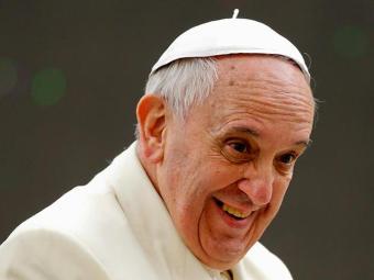 Papa Francisco confessou que furtou a cruz do rosário de um religioso morto - Foto: Tony Gentile | Agência Reuters