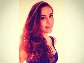 Lívian Aragão apareceu bem mais magra, de vestido colado e muito bem maquiada - Foto: Instagram | Reprodução