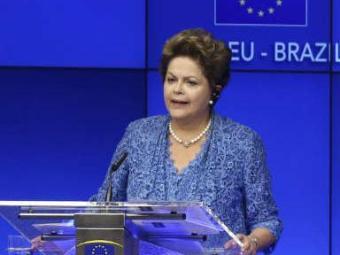 Dilma quer que Copa do Mundo do Brasil sirva para combater o preconceito - Foto: Francis Lenoir   Ag. Reuters