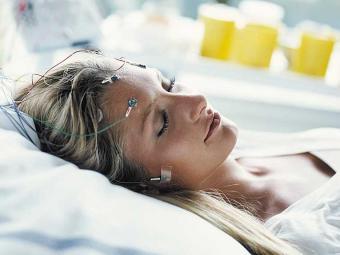 Dormir menos provoca irritação - Foto: Neurolinepress | Divulgação