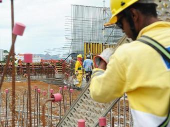 Trabalhadores da construção civil estão em estão em campanha salarial - Foto: Tânia Rêgo | Agência Brasil
