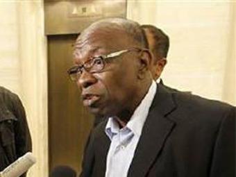 Ex-vice-presidente da Fifa, Jack Warner é acusado de receber US$ 2 mi em troca de votos - Foto: Reuters