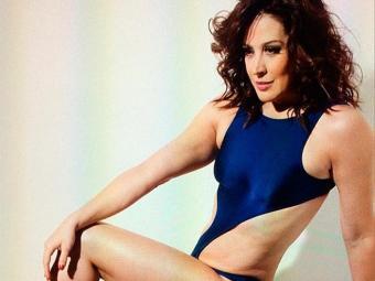 Foto faz parte de ensaio que Claudia fez para a revista