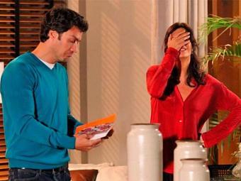 Verônica acredita que flores de Shirley são por provocação - Foto: TV Globo | Divulgação