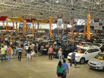 Salão de carros comercializados no feirão. - Foto: Divulgação