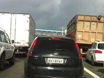 Movimento na avenida Paralela - Foto: Cidadão Repórter