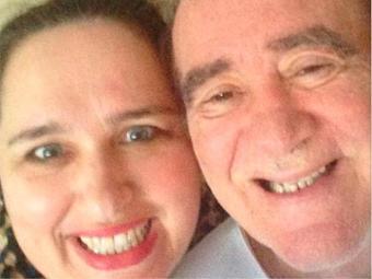 Atriz postou foto do casal na rede social com a rastag #amomuito - Foto: Instagram   Reprodução