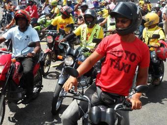 No ano passado, mototaxistas também protestaram na capital - Foto: Agência A TARDE