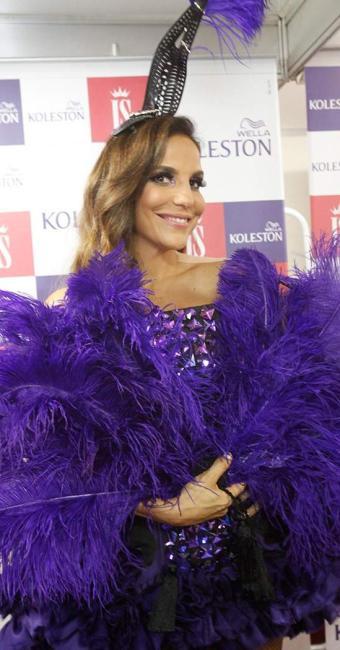 Ivete Sangalo anima o terceiro dia de carnaval com seu repertório de sucessos - Foto: Edilson Lima | Ag. A TARDE