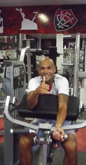 Ex-Bahia, atacante será apresentado nesta segunda-feira como atleta do Vitória - Foto: Esporte Clube Vitória   Divulgação